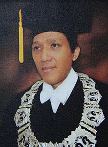 Prof. Dr. Bambang Wibawarta, M.A.