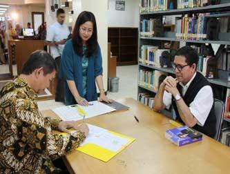 Pendatanganan Kerja sama FIB UI dengan Yayasan Hasyim Djojohadikusumo