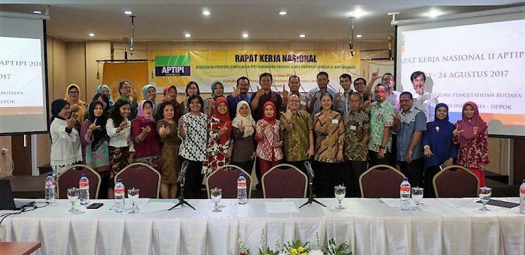 Rapat Kerja Nasional ke-2 Asosiasi Penyelenggara Pendidikan Tinggi Ilmu Perpustakaan dan Informasi Indonesia